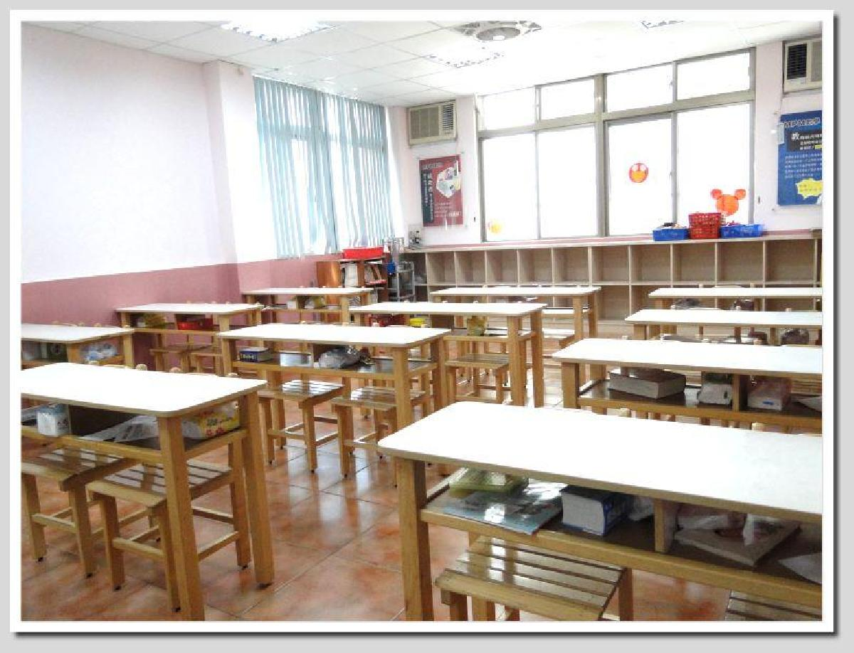 寬敞的課輔班教室